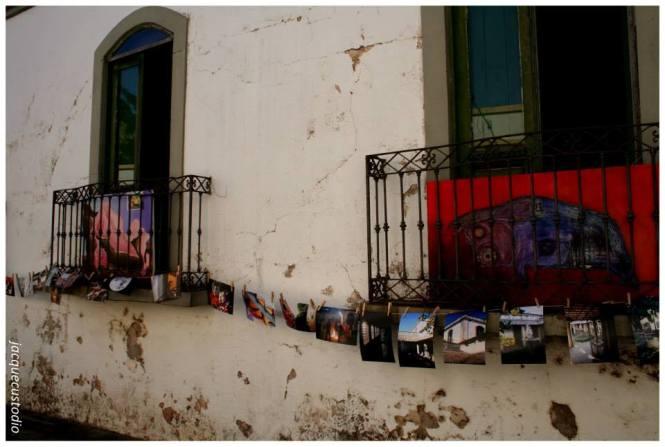 Duas exposições: Muriell Custodio Krolikowski (fotos) e Maria Inez Pagnoncelli (pinturas).