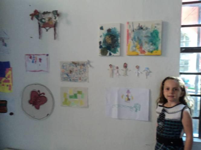 Exposição de desenhos de Guilhermina Cabral.